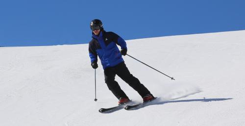 Choisir la bonne tenue de ski c66ff19b617